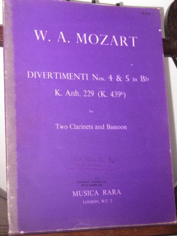Mozart W A - Divertimenti Nos 4 & 5 in B Flat K229/4/5 for 2 Clarinets & Bassoon